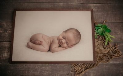 Newborn Photographer North Vancouver - Maternity, Baby and Newborn Photography